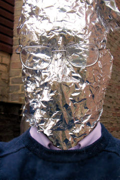 http://www.defensetech.org/archives/images/foil.jpg/foil2.JPG